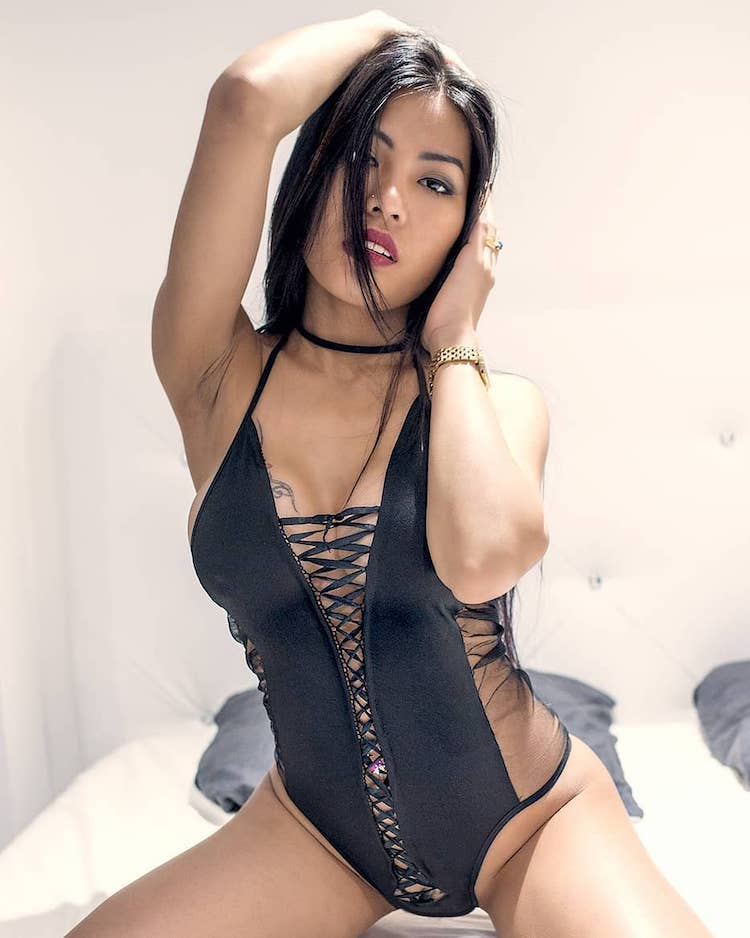 Polly Pons Poopea in sexy black outfit